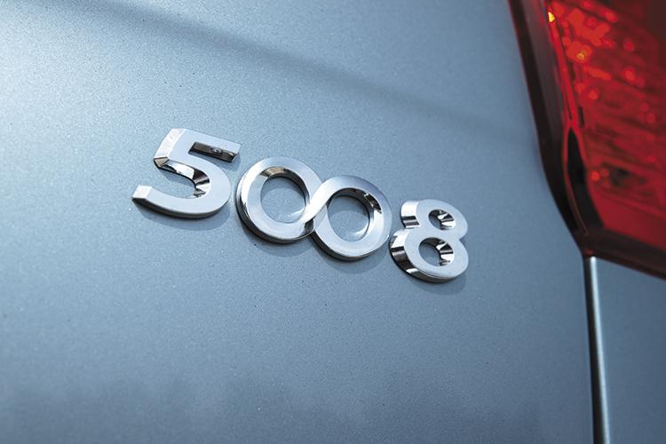 peugeot 5008 badge