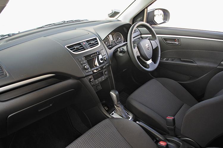 suzuki swift cockpit