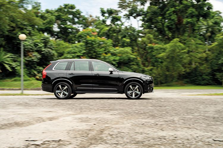 Volvo XC90 – Ride & Handling