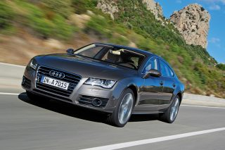 audi a7 front moving