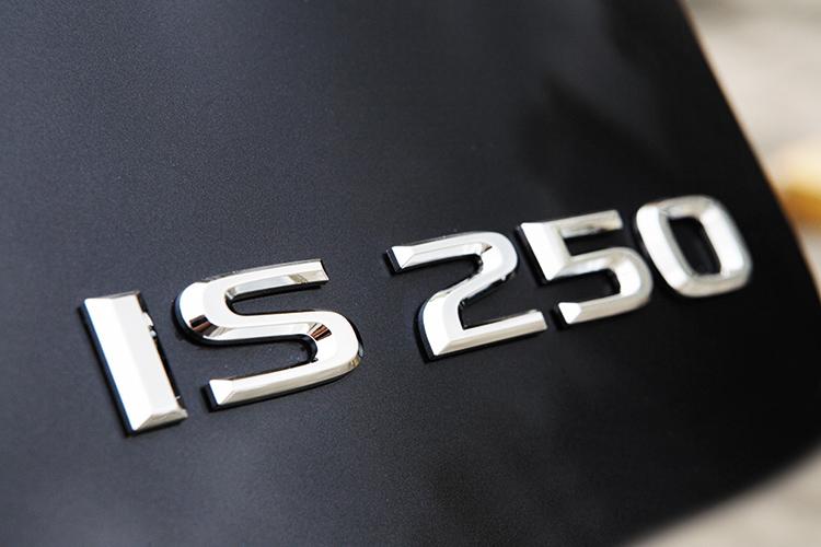 lexus is250 badge