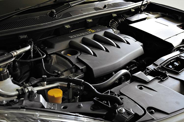 renault megane hatchback engine
