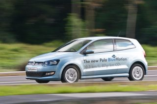 volkswagen polo bluemotion driving