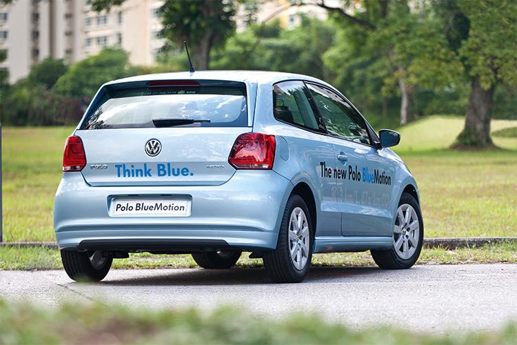 volkswagen polo bluemotion rear