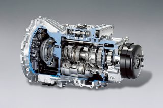 what exactly is a dual-clutch gearbox