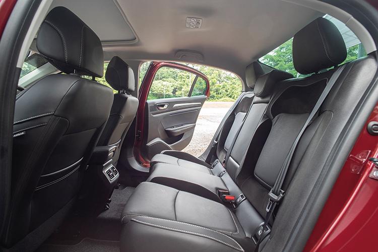 Renault Megane Sedan – Backseat