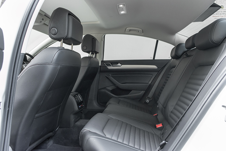 volkswagen passat backseat