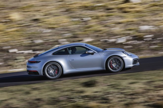 The new Porsche 911 side view