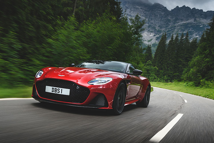 aston martin dbs superleggera driving