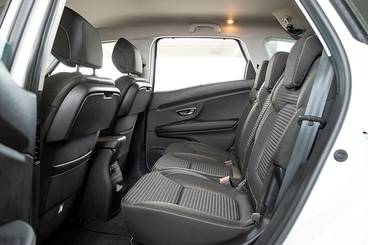 Renault Scenic – Backseat