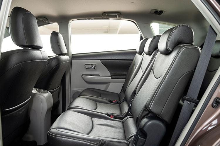 Toyota Prius+ – Backseat