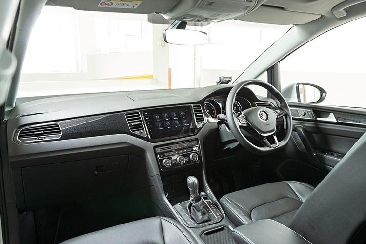 Volkswagen Golf SV – Cockpit