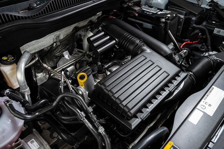 Volkswagen Golf SV – Engine