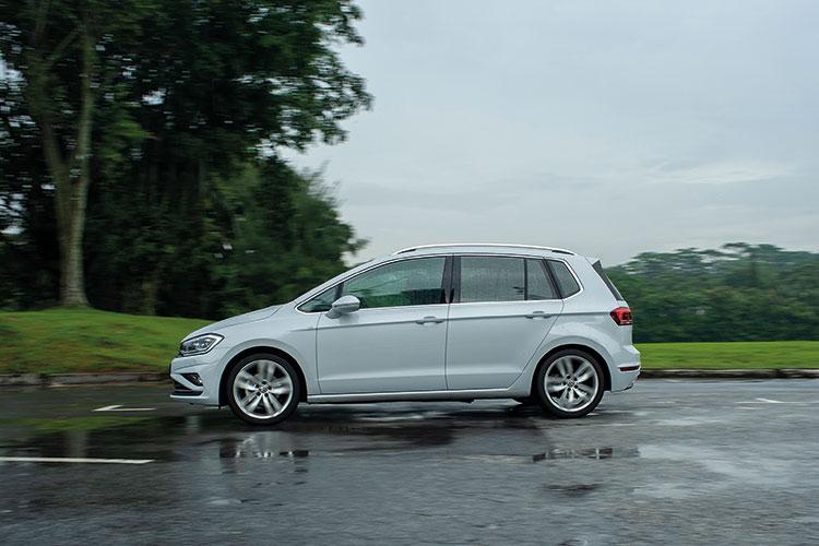 Volkswagen Golf SV – Ride & Handling