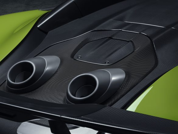 Top-exit exhausts of the McLaren 600LT Spider