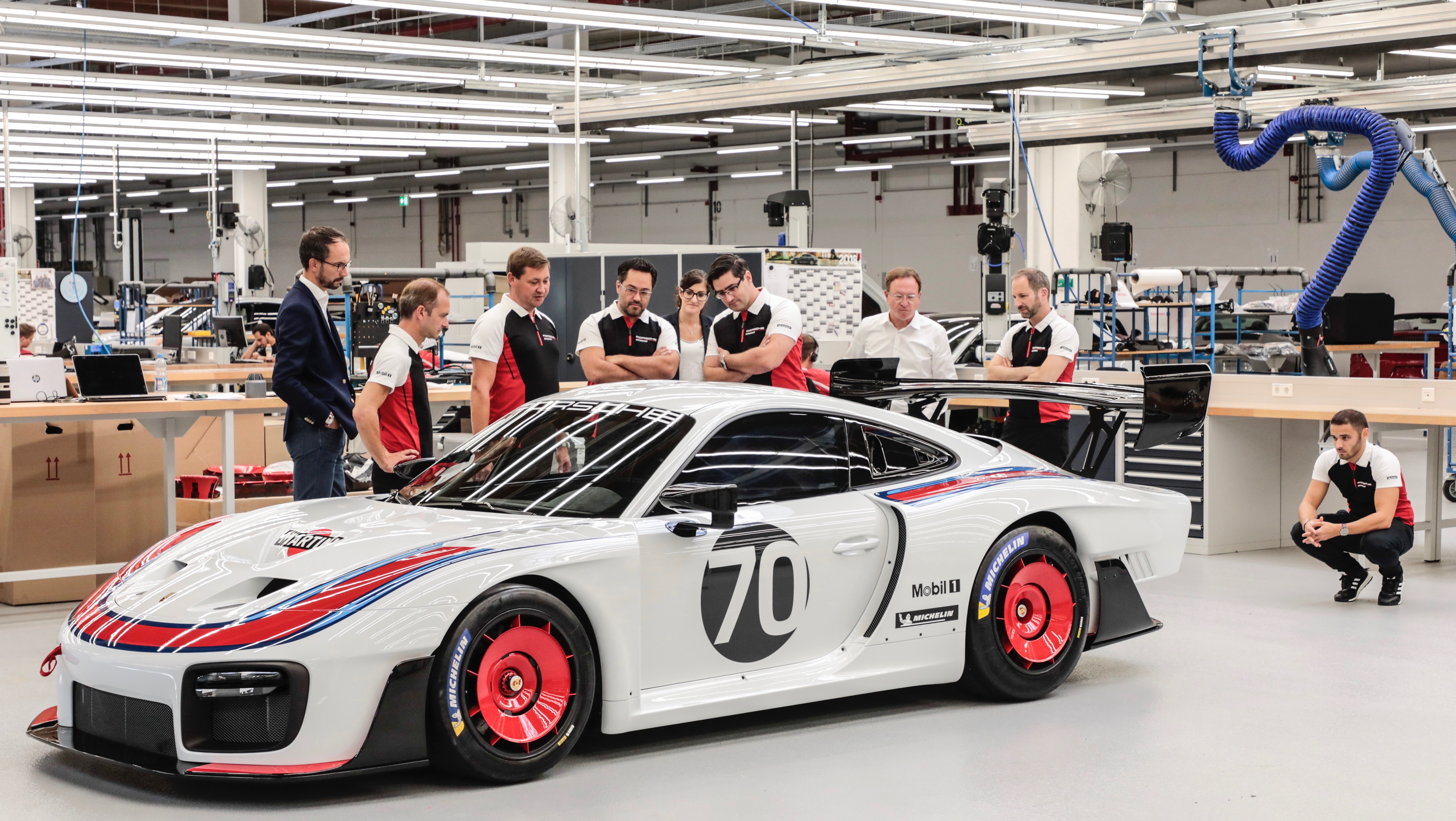 BMW Certified Pre Owned >> Porsche 935 relaunch, based on the new 911 GT2 RS, in photos | Torque
