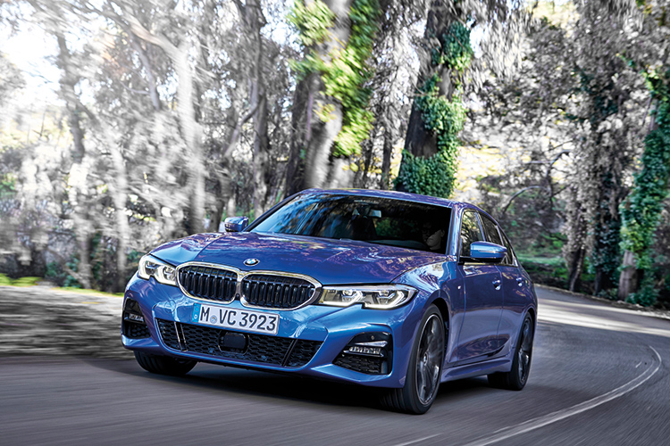 bmw 3 series driving front