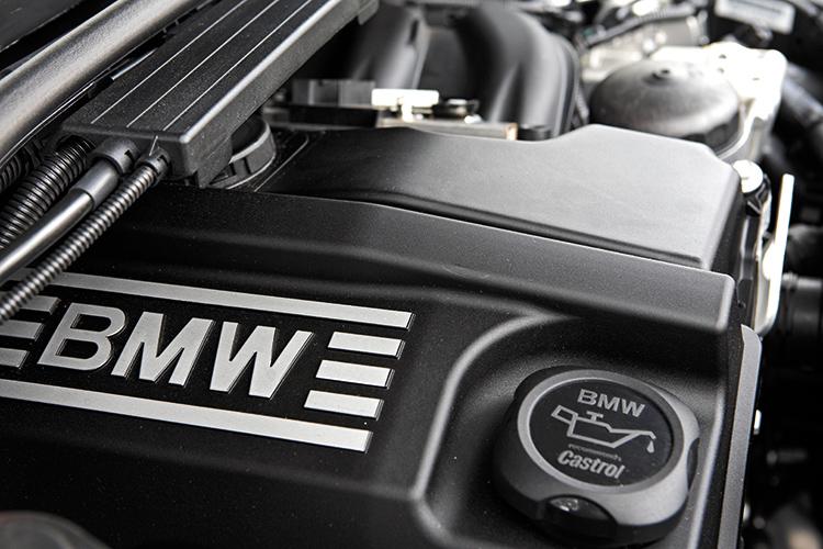 bmw 318i engine