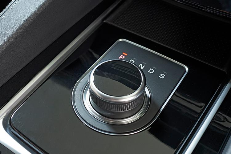Jaguar F-Pace – Gearbox