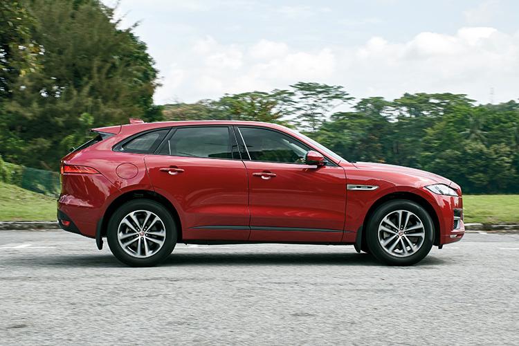 Jaguar F-Pace – Ride & Handling