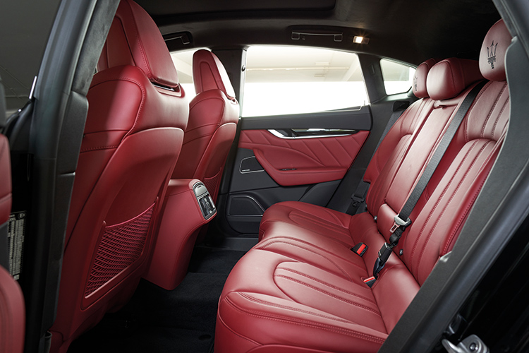 Maserati Levante S – Backseat