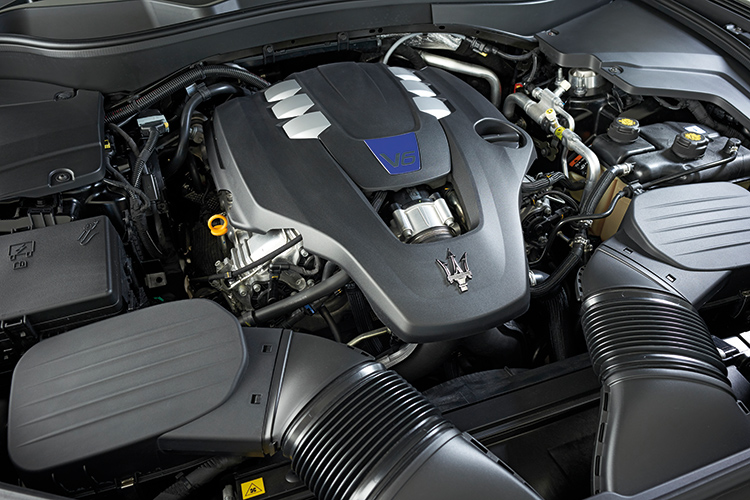 Maserati Levante S – Engine