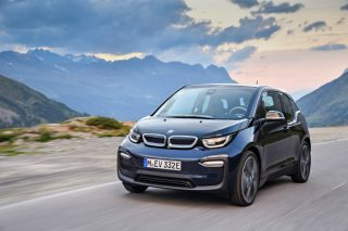 are electric cars slower than normal cars 1