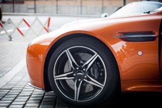 disc brakes Aston Martin