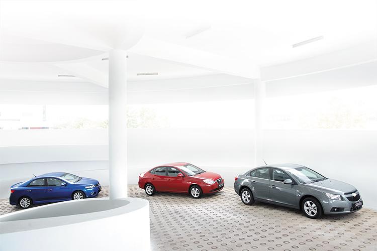 Kia Cerato Forte, Hyundai Avante and Chevrolet Cruze