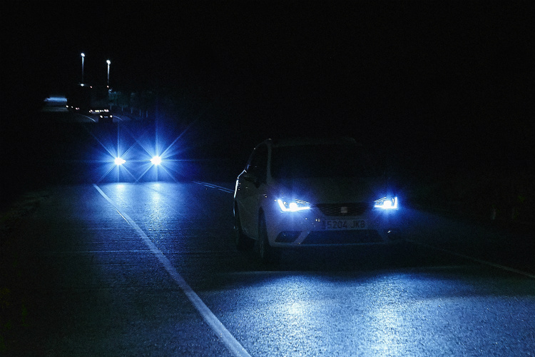 driving at night tips