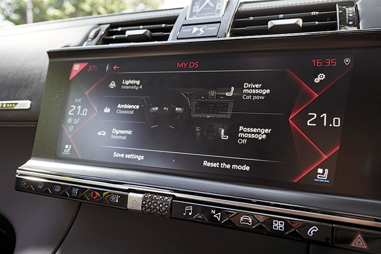 ds 7 crossback infotainment
