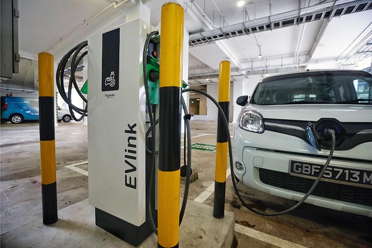 electric cars singapore renault kangoo z.e.