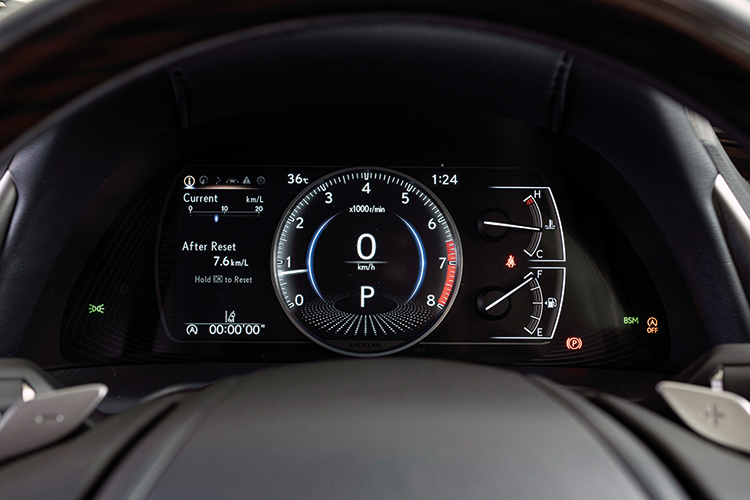 Lexus ES250 – Meters