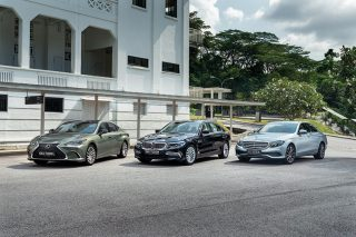 lexus es250 vs bmw 520i vs mercedes-benz e200