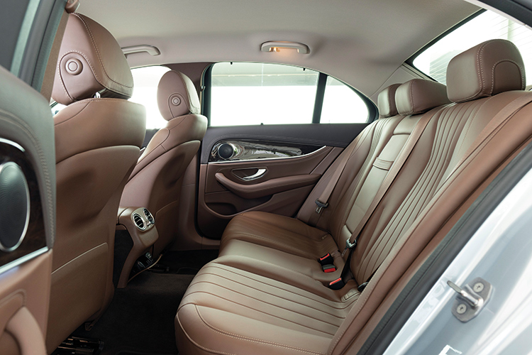 Mercedes-Benz E200 – Backseat