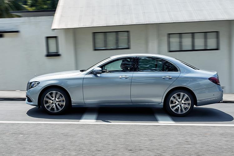 Mercedes-Benz E200 – Ride & Handling