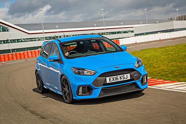 torque vectoring Ford Focus RS