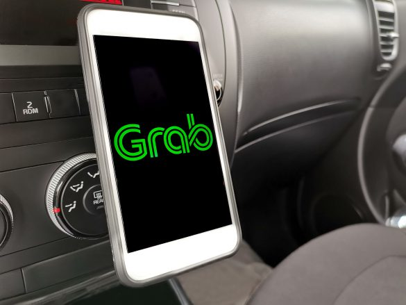 Private hire Grab app