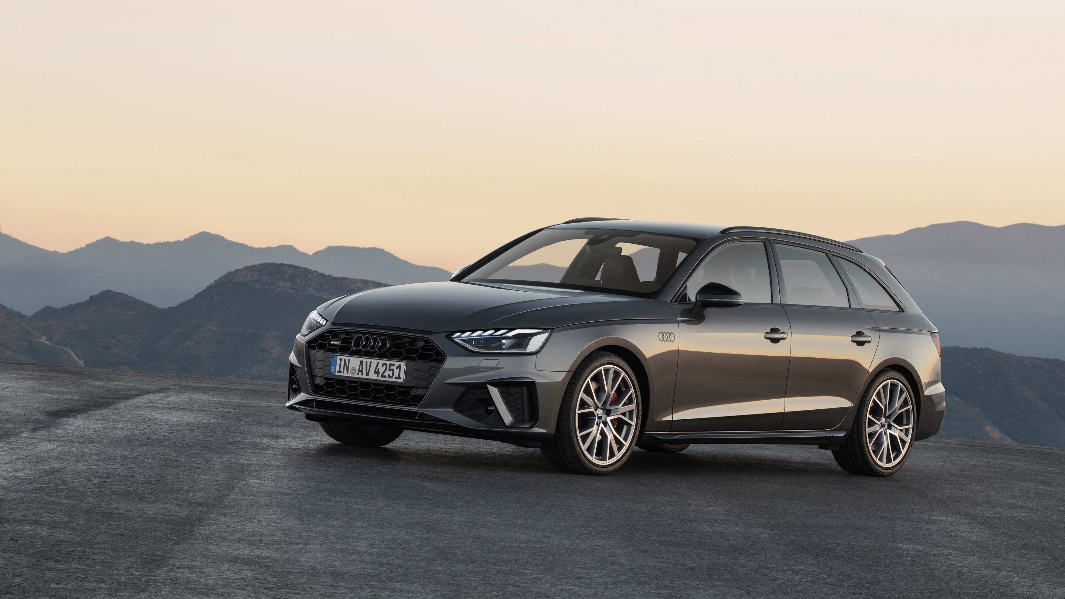 New Audi A4: Sportier and with more tech | Torque