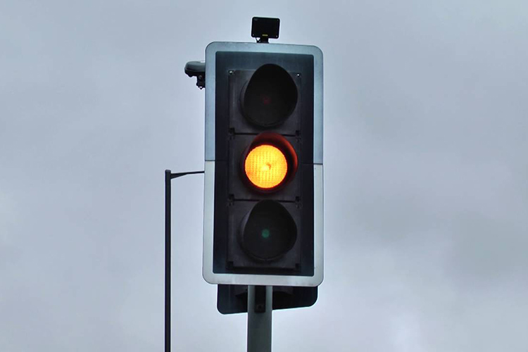 amber light traffic light