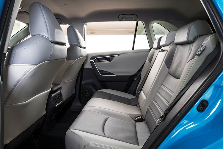 RAV4 – Backseat