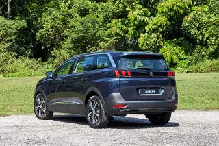 Peugeot 5008 driven in Singapore