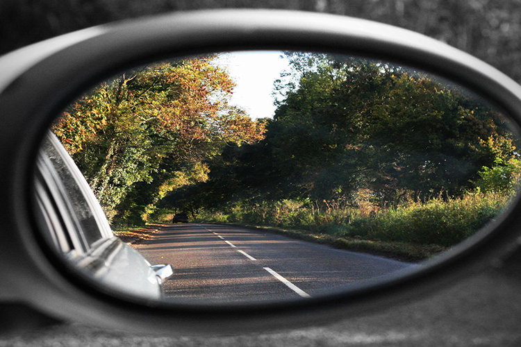 driving tips wing mirror