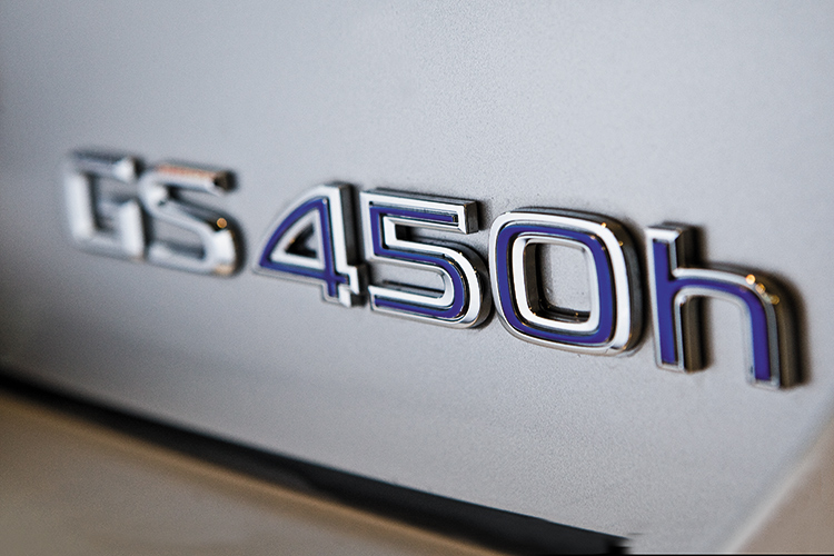 gs450h badge