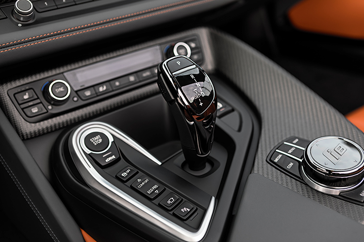i8 roadster gearbox