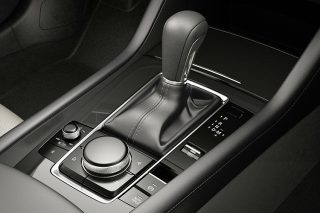 manual mode gearshift lever