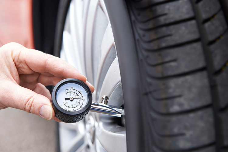 tyres pressure check