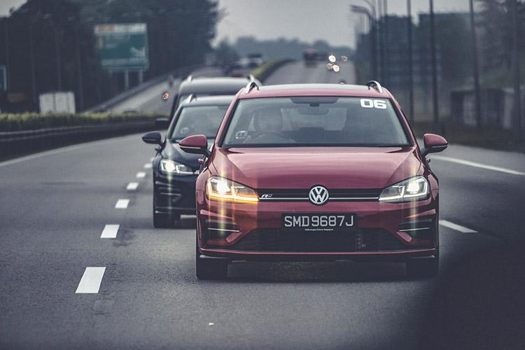 Golf Cars Convoy
