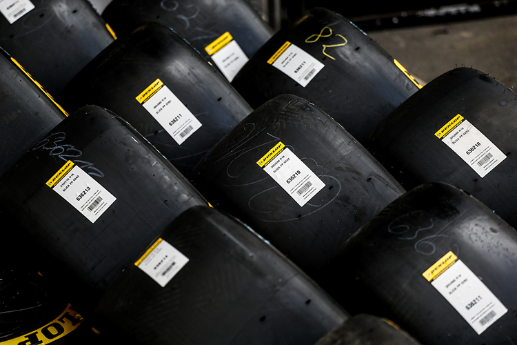 track day tyres racing slicks