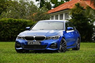 bmw 3 series 330i front
